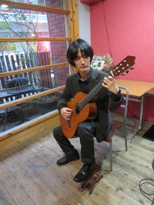 西宮市甲東園 土井弘樹ギターコンサート