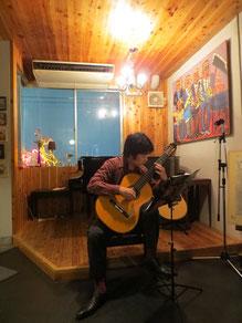 鴻臚館 ギター演奏