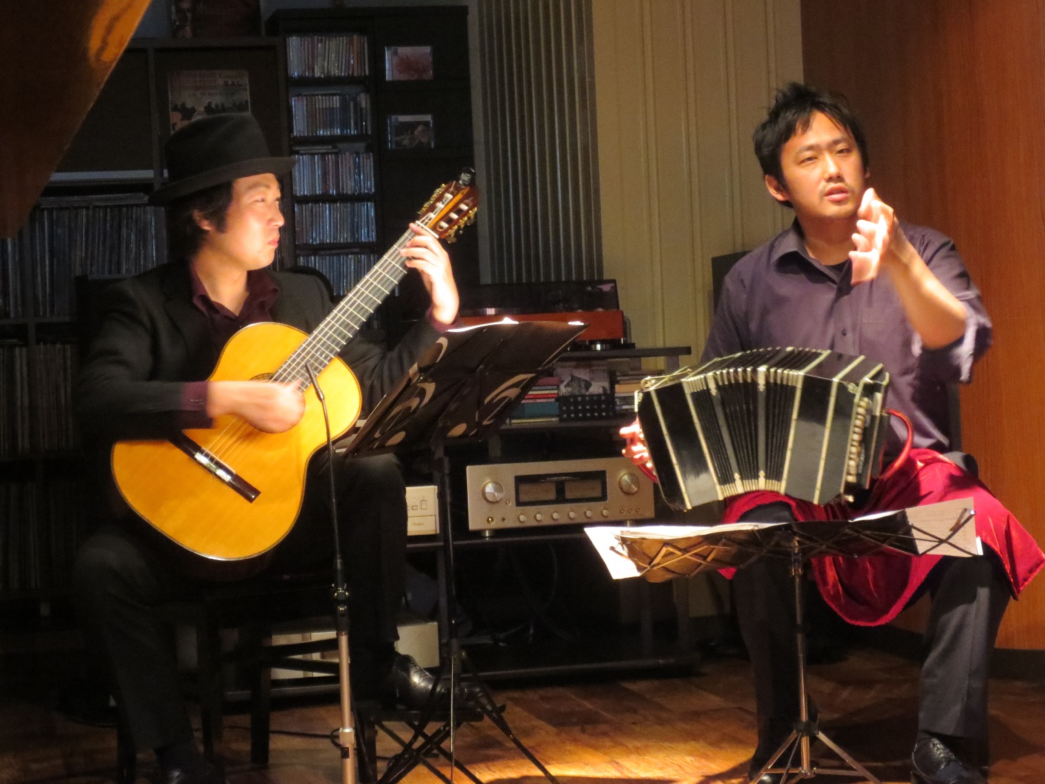 大阪関目 バンドネオン&ギター