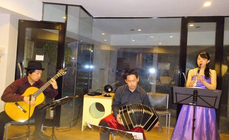 豊中市パサティエンポ バンドネオン+クラリネット+ギター