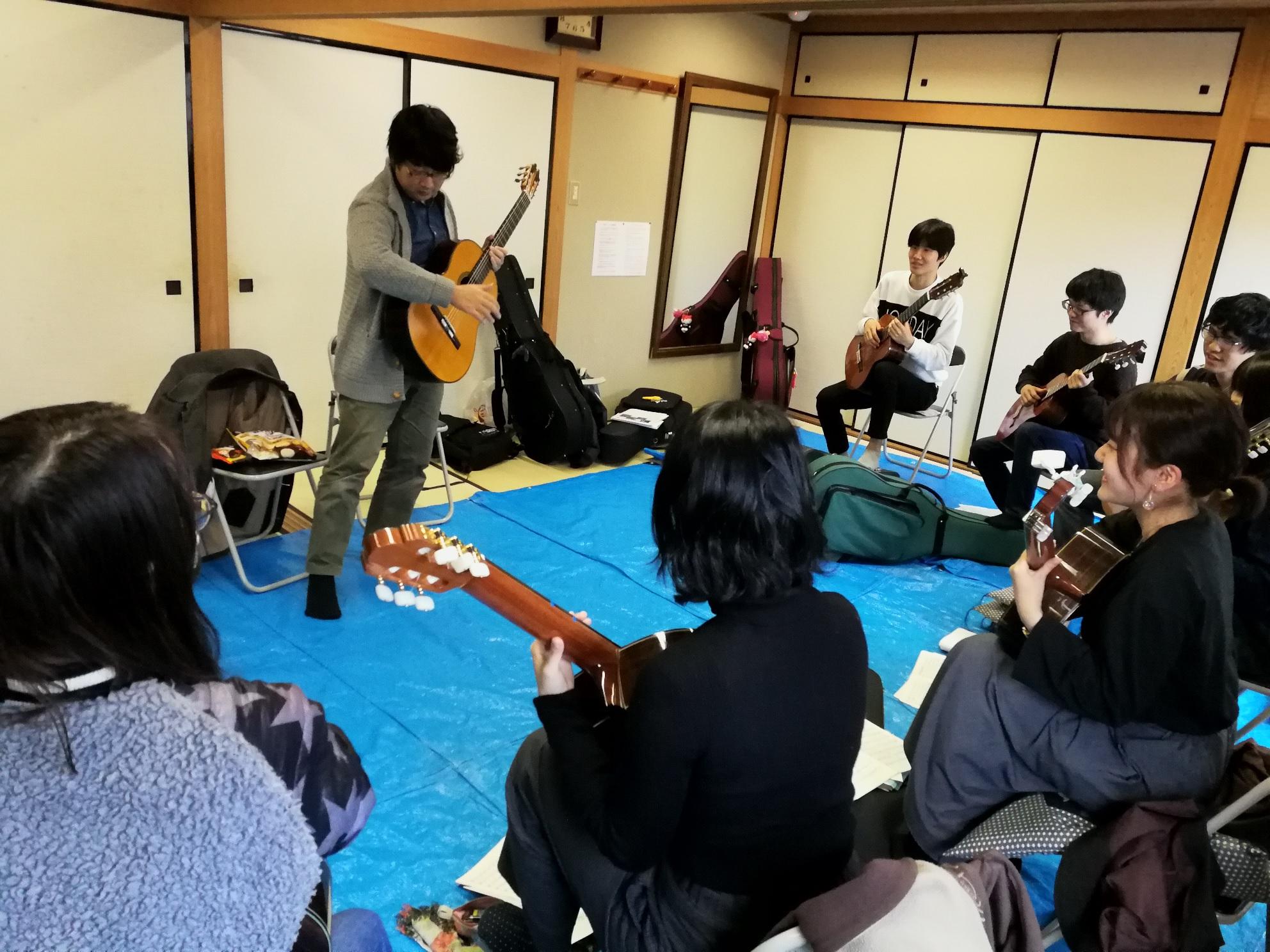 大阪大学ギタークラブ 合奏指導