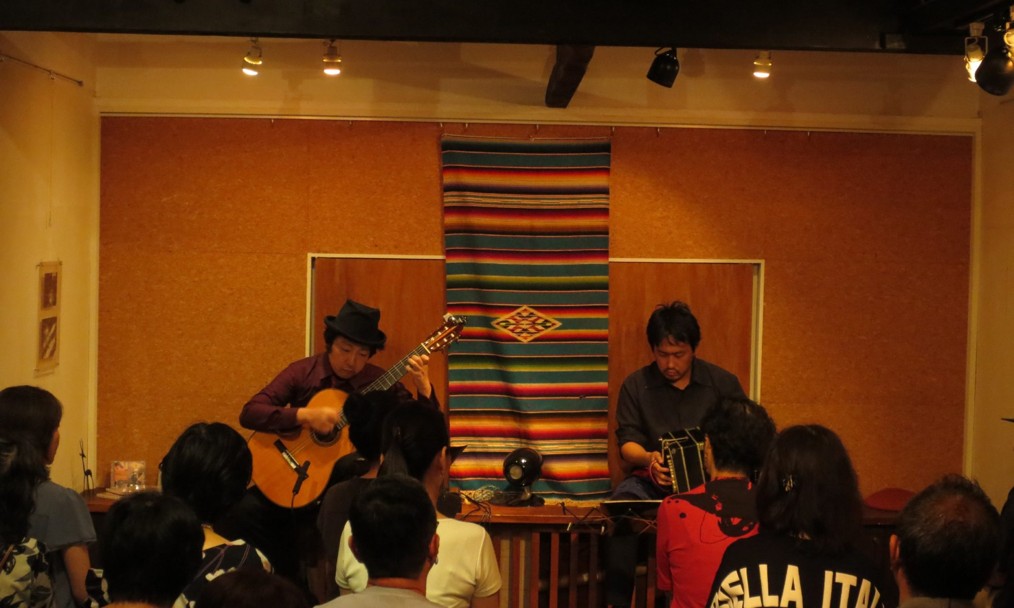 中崎町ティナレンテ バンドネオン&ギター「タンゴ・グレリオ」