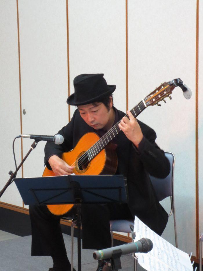 京都 タンゴ・グレリオ ギター/米阪隆広