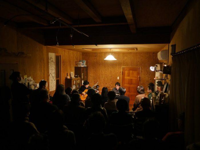 神戸アートスペースかおる タンゴ・グレリオ(バンドネオン/星野俊路、ギター/米阪隆広)
