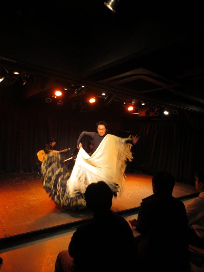 フラメンコ舞踊家・奥濱晴彦 タンゴ・グレリオ(バンドネオン/星野俊路、ギター/米阪隆広)