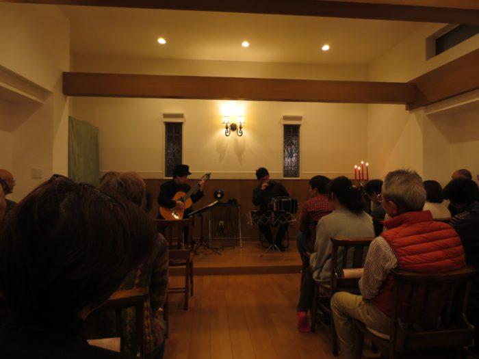 八幡ぶどうの木教会 タンゴ・グレリオ バンドネオン/星野俊路 ギター/米阪隆広