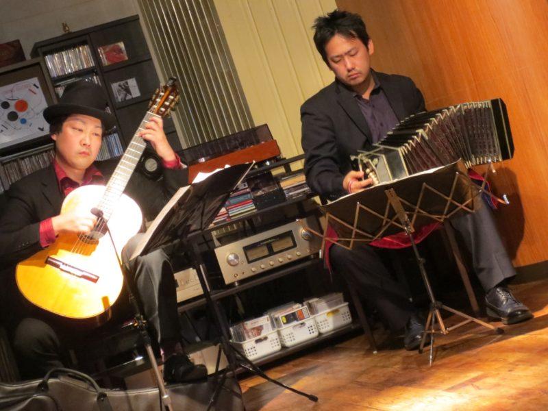 大阪関目カフェプレリュード バンドネオン&ギター タンゴ・グレリオ