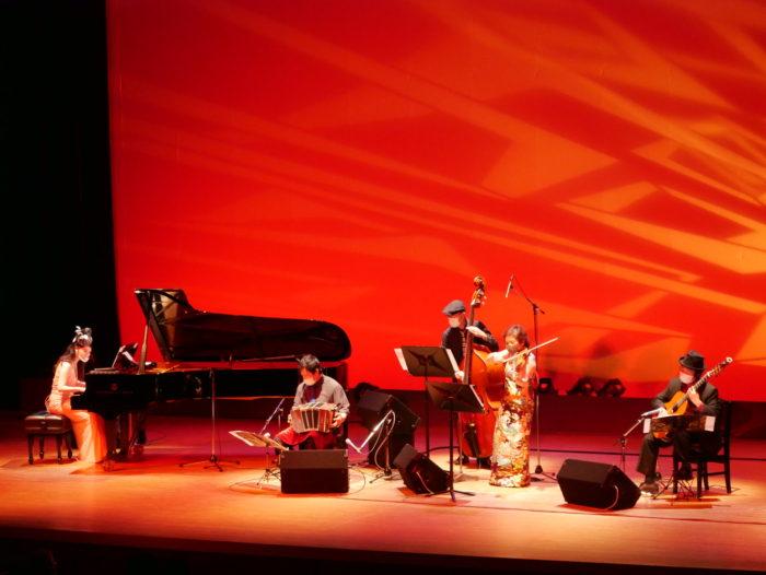 堺市立東文化会館  【タンゴ・コケータ&タンゴ・グレリオ】バンドネオン、バイオリン、ピアノ、コントラバス、ギター