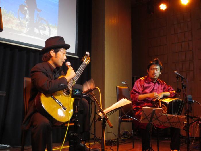 バンドネオン・星野俊路 ギター・米阪隆広 タンゴ・グレリオ 神戸ラズリカフェ