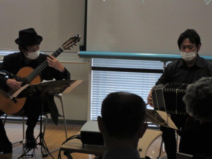 朝日カルチャーセンター ピアソラ タンゴ・グレリオ バンドネオン・星野俊路 ギター・米阪隆広